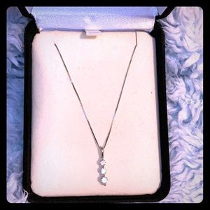 3 stoned Diamond Pendant and Necklace